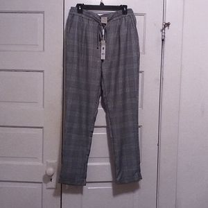 NWT,Charlie Paige women's Medium dress pants plaid